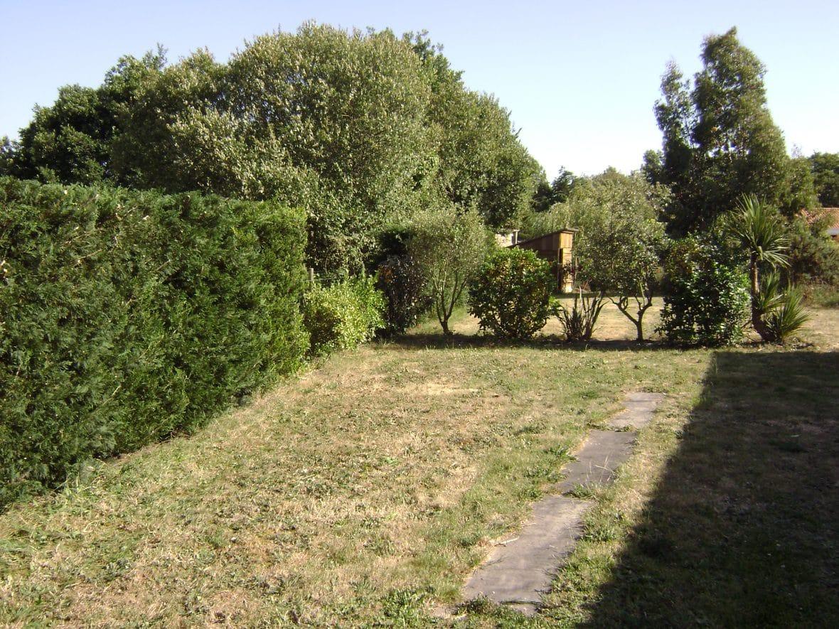 Entretien vent des jardins for Entretien jardin 47